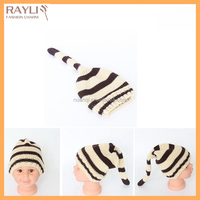 Lovely animal tail thick heated knitted hat for kids with strip knitting pattern
