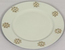 Attractive design delicate charger plates wholesale wedding decoration