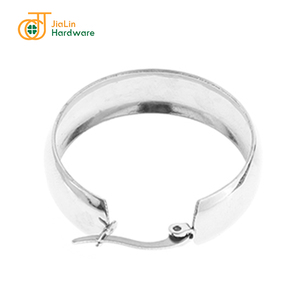 Hot sale top quality fashionable simple stainless steel circle earrings