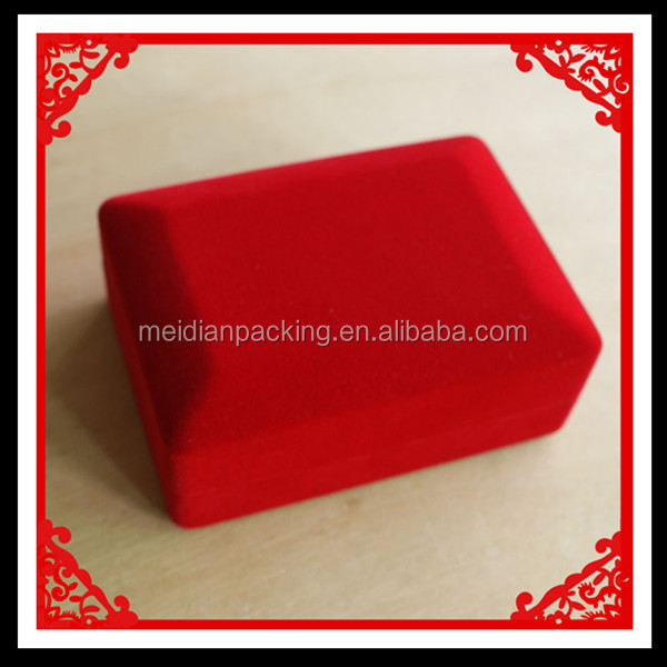 Custom design red velvet bracelet packing box