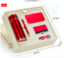 2018 hot promotional gift set bottle power bank 2600mah /4000mah/10000mah