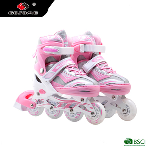 ABEC-7 Bearing Rubber Wheel Roller Skates With Flashing Wheel
