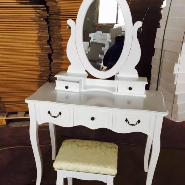Modern Wooden Makeup Dresser Dressing Table With Mirrors And Chair