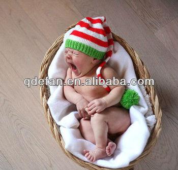 Christmas hat - Santa baby hat - Newborn baby Christmas knitted hat - Red  white green 70e4c23014c5