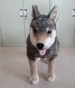 High quality customized lovely lifelike wolf stuffed plush toys