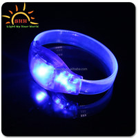 Wholesale Holiday Party LED Bracelet Nightclub Luminous Glow Bracelet Acrylic Electronics KTV Bar Flash Bracelet