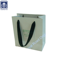 18010113 Festival Gift Cloth Handele Paper Bag For Gift Packing