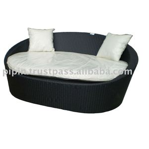 DAY BED OVAL NOORMAN