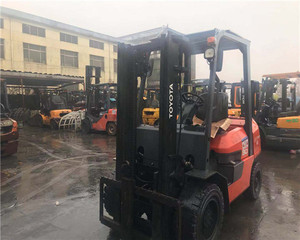 used Toyota diesel forklift truck 3 tons