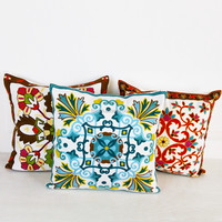 China Supplier Heated Flower Series Sofa Chair Pillow Case Hand Embroidery Cushion Cover
