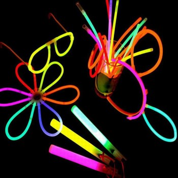 "100 Misturado Color Glow Stick Party Pack 8 ""Glowsticks com Conectores"