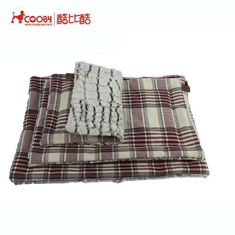 Acceptable Custom Trade assurance PV fleece warm soft pet bed sleeping blankets