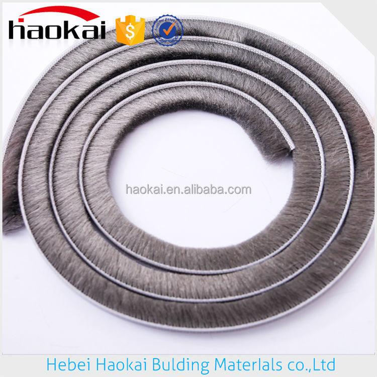 OEM available Waterproof brush pile seal strip/weather stripe