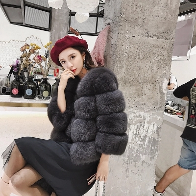 Women Winter Real Fox Fur Coat Round Neck Thick Warm Overcoat Short Style Jacket