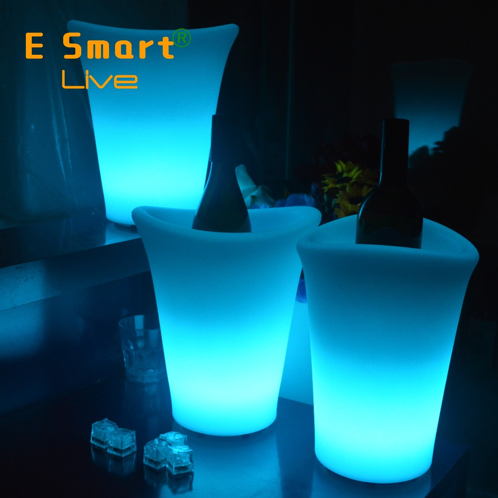 Plastic led ice bucket for beer/modern beer cooler LED plastic lighting ice bucket for party