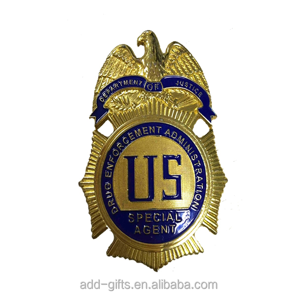 US Agent alloy lapel pin badge with 3D eagle , golden emblem