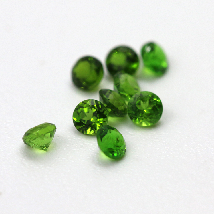 natural loose gemstone round brillinat cut green diopside stones