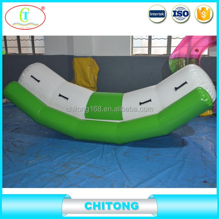 solo carril balancn inflable utilizado en agua para la diversin juego