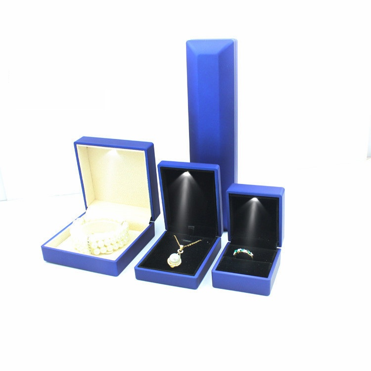Jewelry led box handcraft jewelry ring box with led light