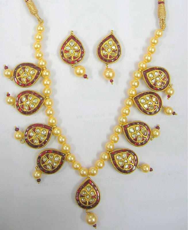 Polki Meena Necklace Sets22k Gold Kundan Polki Necklace SetPolki