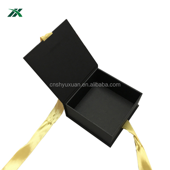 wholesale customized false eyelash packaging box