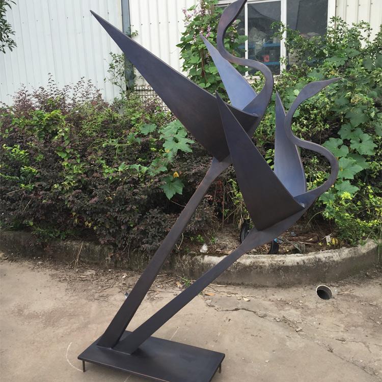 sculpture contemporaine jardin Municipalité sculpture contemporaine en acier statue oiseau abstrait  sculpture de jardin pour extérieur