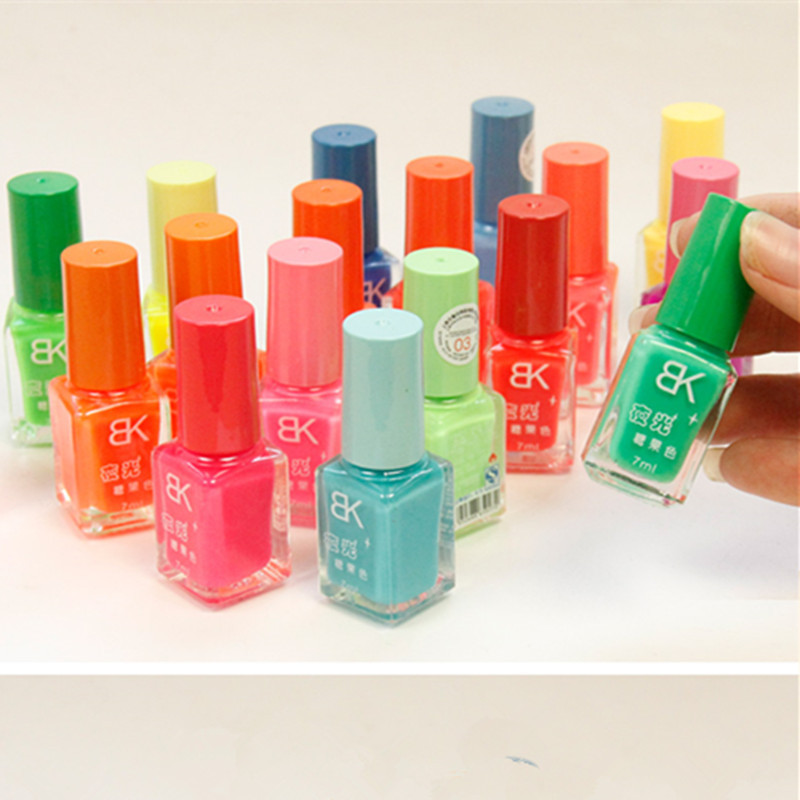 Wholesale Candy Color Quick Dry Waterproof Eco Friendly Night Fluorescent Nail Polish, Colorful