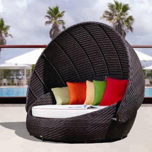 Lightweight Folding Beach Lounge Chair Garden Outdoor Day Beds