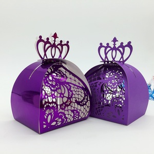 Romantic crown lace wedding favors candy boxes for wedding door gift