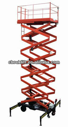 mobile hydraulic scissor type cargo lifter