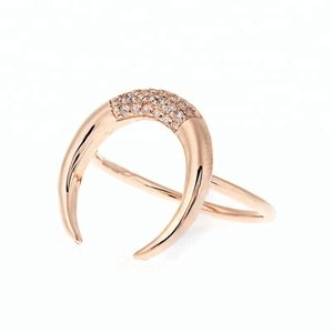 2018 hot selling horn jewelry 14k rose gold vermeil crescent moon ring women