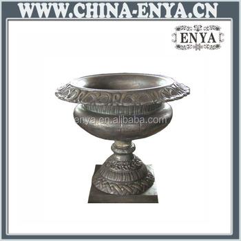 China Supplier Pedestal Garden Planters And Urns