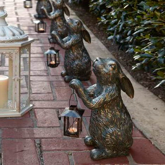 Outdoor Bronze Casting Rabbit Carrying Lantern Garden Lamp Sculpture