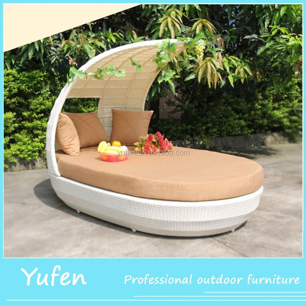 Rattan Outdoor Lounge Bett Fur Die Schulmobel Mit Baldachin Fur
