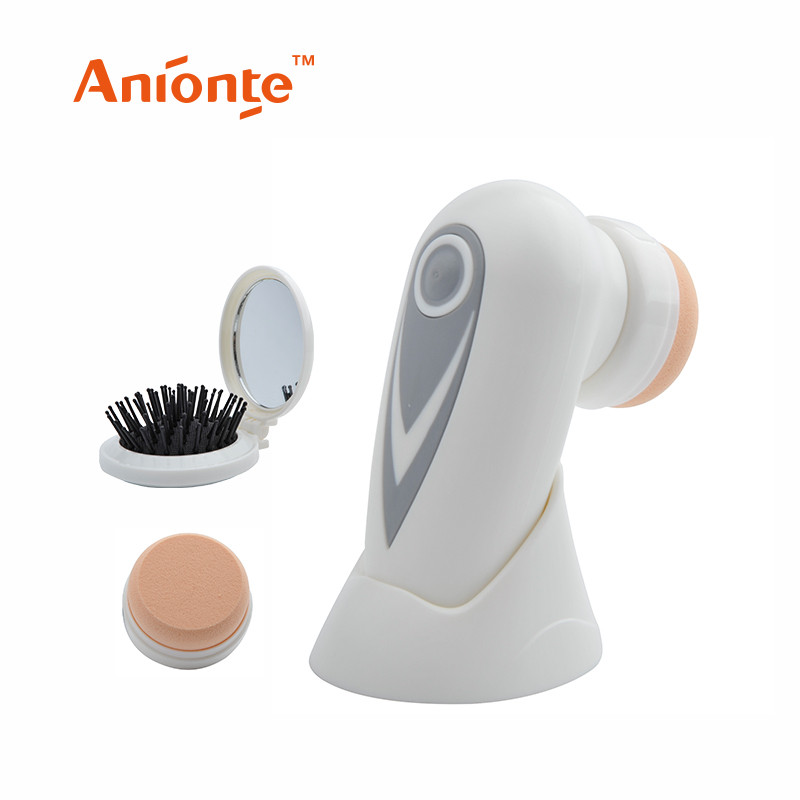 2 interchangeable attachment hot Facial cleaner