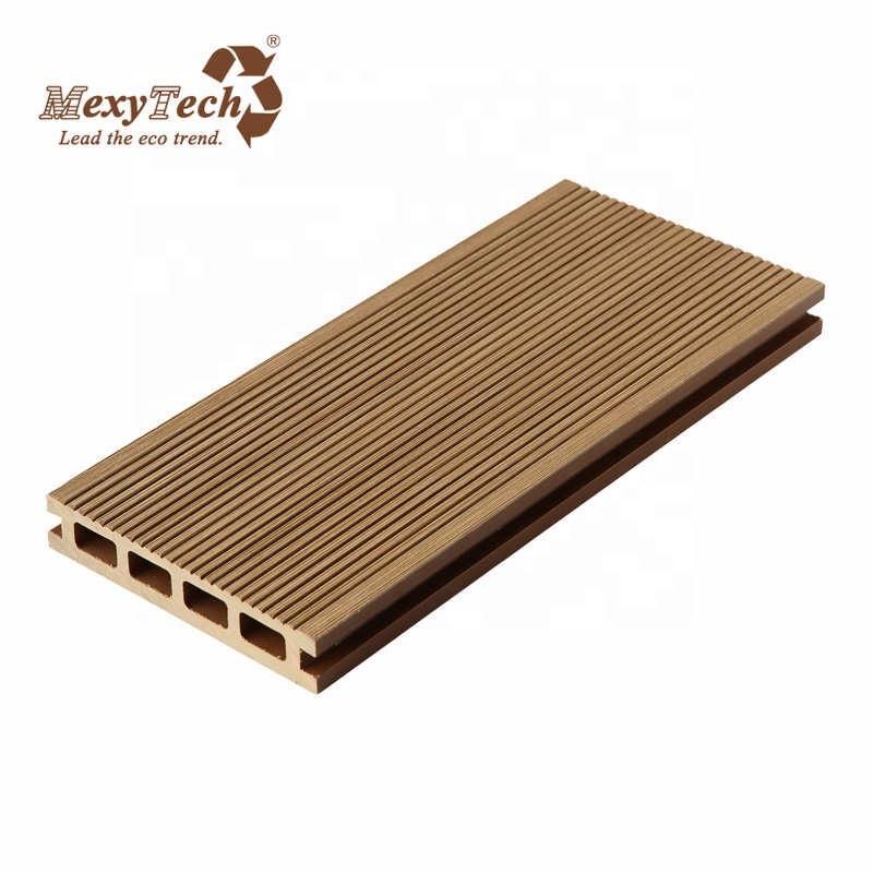Resort slip resistant wpc composite wood deck flooring