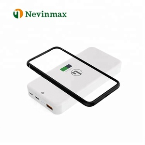 2018 New Invention15000MAH Mobile Phone Power Banks Qi Charge Fast Wireless Power Bank