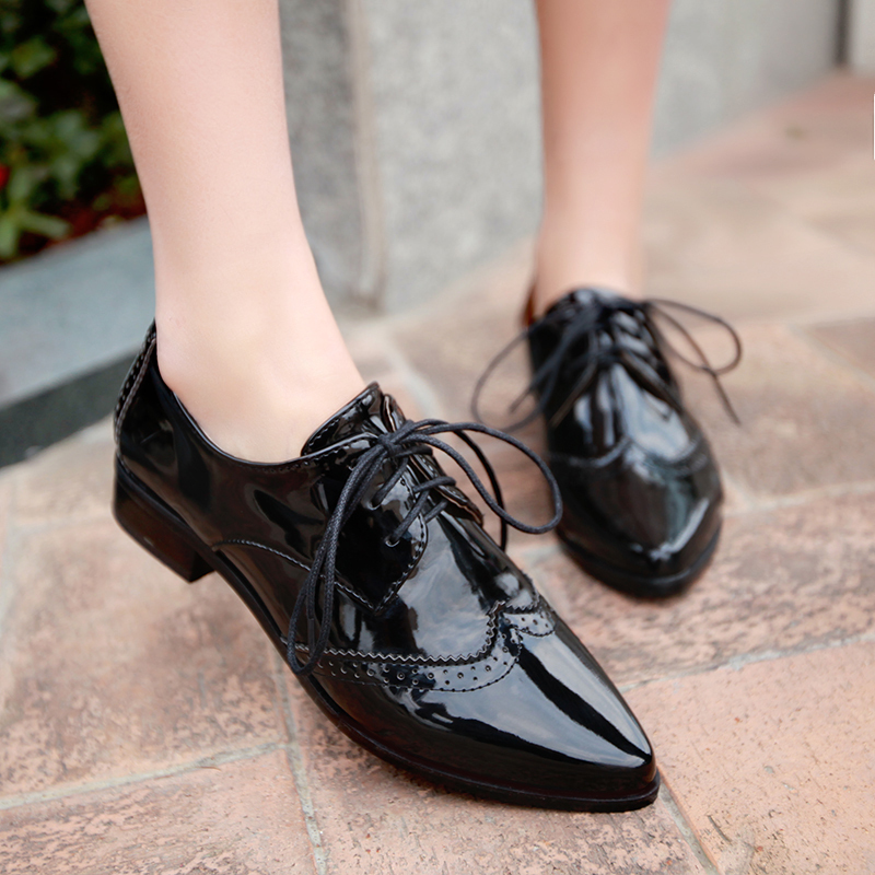 Womens Square Toe Shoes Out Of Style
