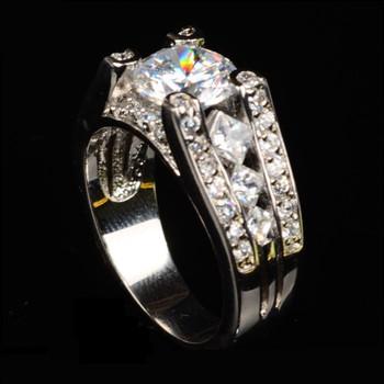Diamantes en anillos de plata