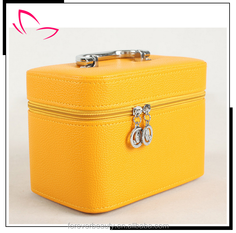 Wholesale professional cosmetics makeup case