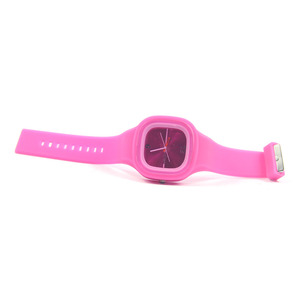 Soft and durable silicone bracelet digital watches for kids and promotion customized design available