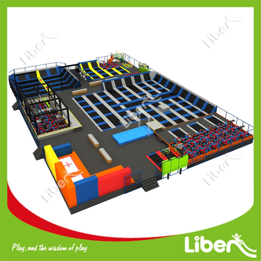 innentrampolin park gro e trampolin park innen gro en trampolin park trampolin produkt id. Black Bedroom Furniture Sets. Home Design Ideas