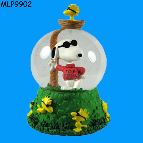 Hot Sell Cartoon Dog Statue Snow Globe Wholesale