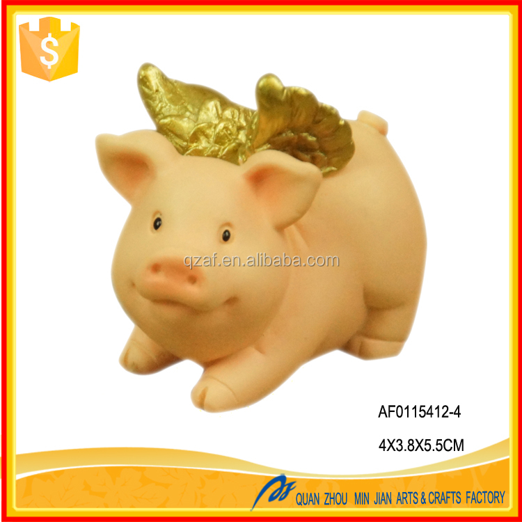 Very cute pig personalized resin ornaments