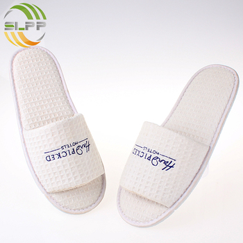 high quality low prices waffle standardsize personalized custom white slipper with logo SPA disposable hotel slippers