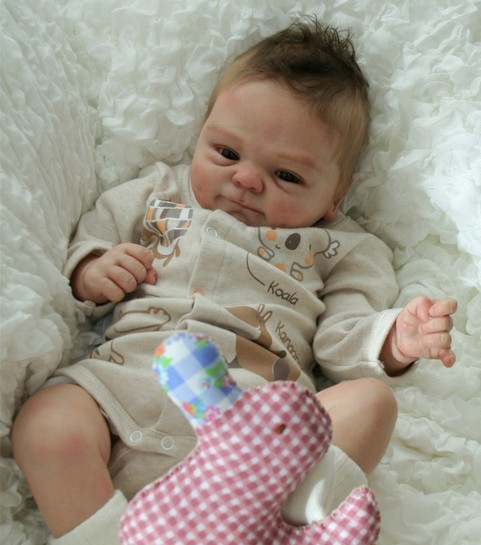 Hot Sale Baby Doll Accessories Reborn Baby Doll Kits Very