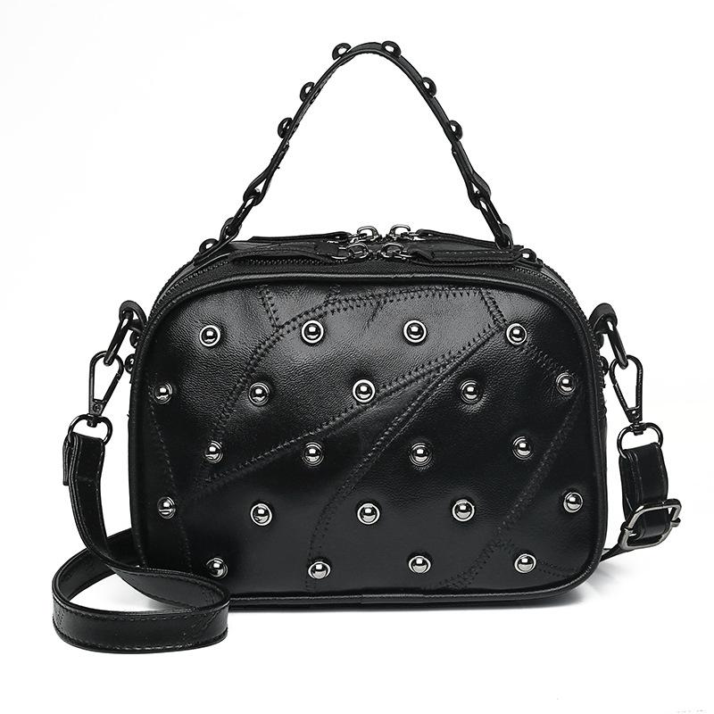 Witfox, 100% натуральная кожа, в горошек, с заклепками, сумка для женщин, в стиле панк, Бостон, женская сумка-тоут, с панелями, двусторонняя, на молн...(Китай)