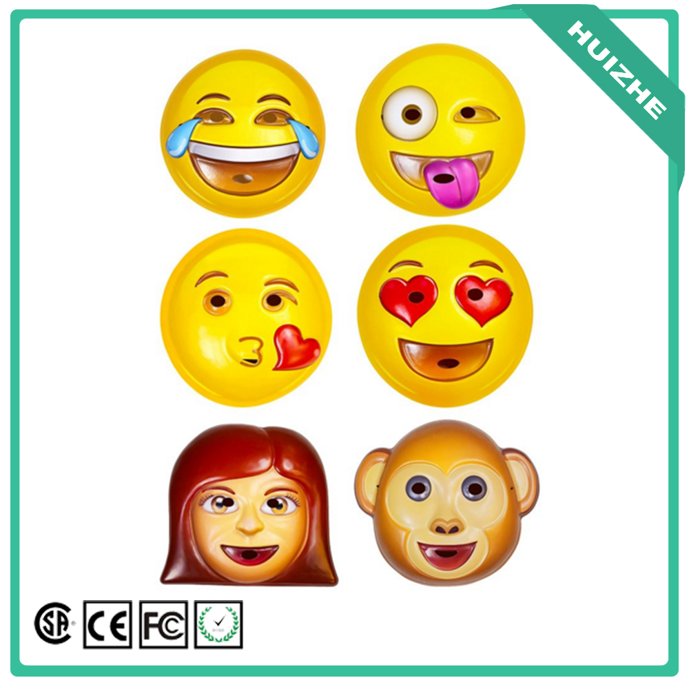 2016 Latest Emoji Kids Cartoon Face Plastic Mask