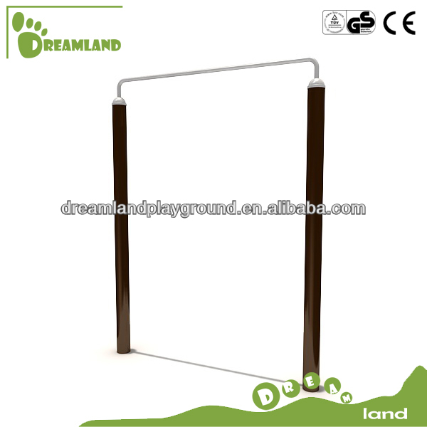 Outdoor gym equipment pull up bar