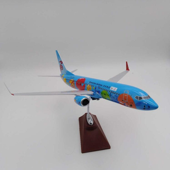 B737-800 1:85 scale 46cm resin aircraft plane model